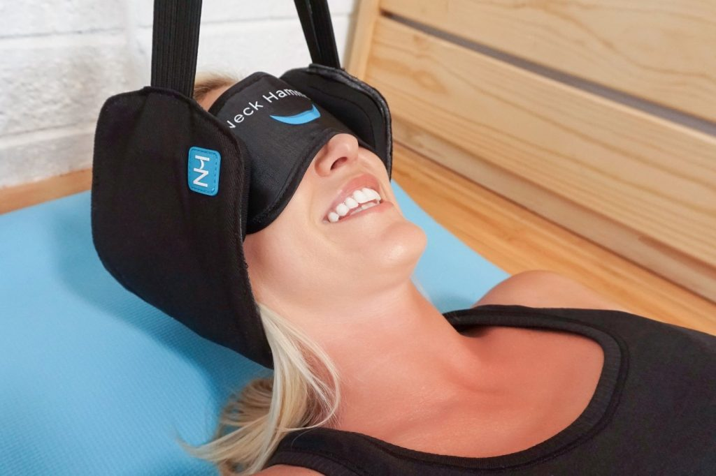 Neck Hammock Review 2021 - Should You Use it To Help Your Neck? 3