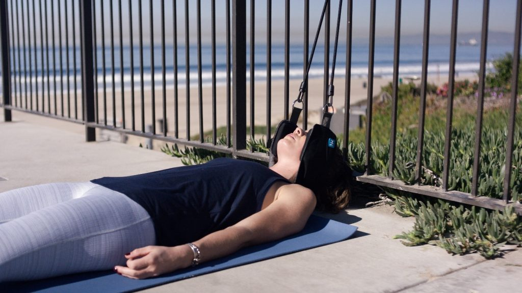 Neck Hammock Review 2021 - Should You Use it To Help Your Neck? 4