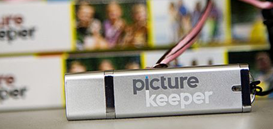 Photo Stick Vs Picture Keeper: Which is better